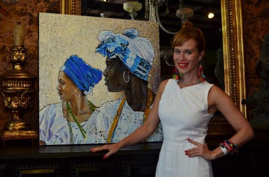 6bc205dad A atriz global Mariana Ximenes marcou presença na primeira edição da festa  realizada na última sexta-feira (2), no Armazém de Época, no Rio Vermelho,  ...