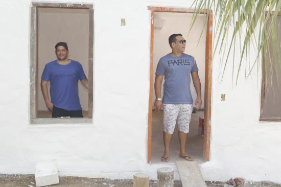 237627321 A Pousada Boutique Bahia Bonita Quadrado que será inaugurada no dia 15 de  dezembro ao comando de dois jovens empreendedores  Sol Tlam e Artur Garin e  o ...