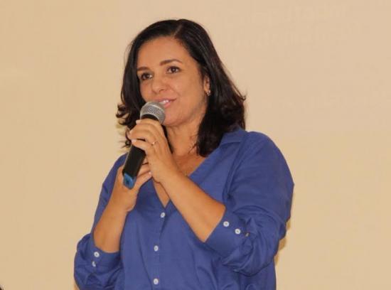 61166abab2aea Prefeita de Amargosa Karina Silva prepara a cidade para receber os turistas  para o verdadeiro S o Jo o p  de serra com atra  es de peso.